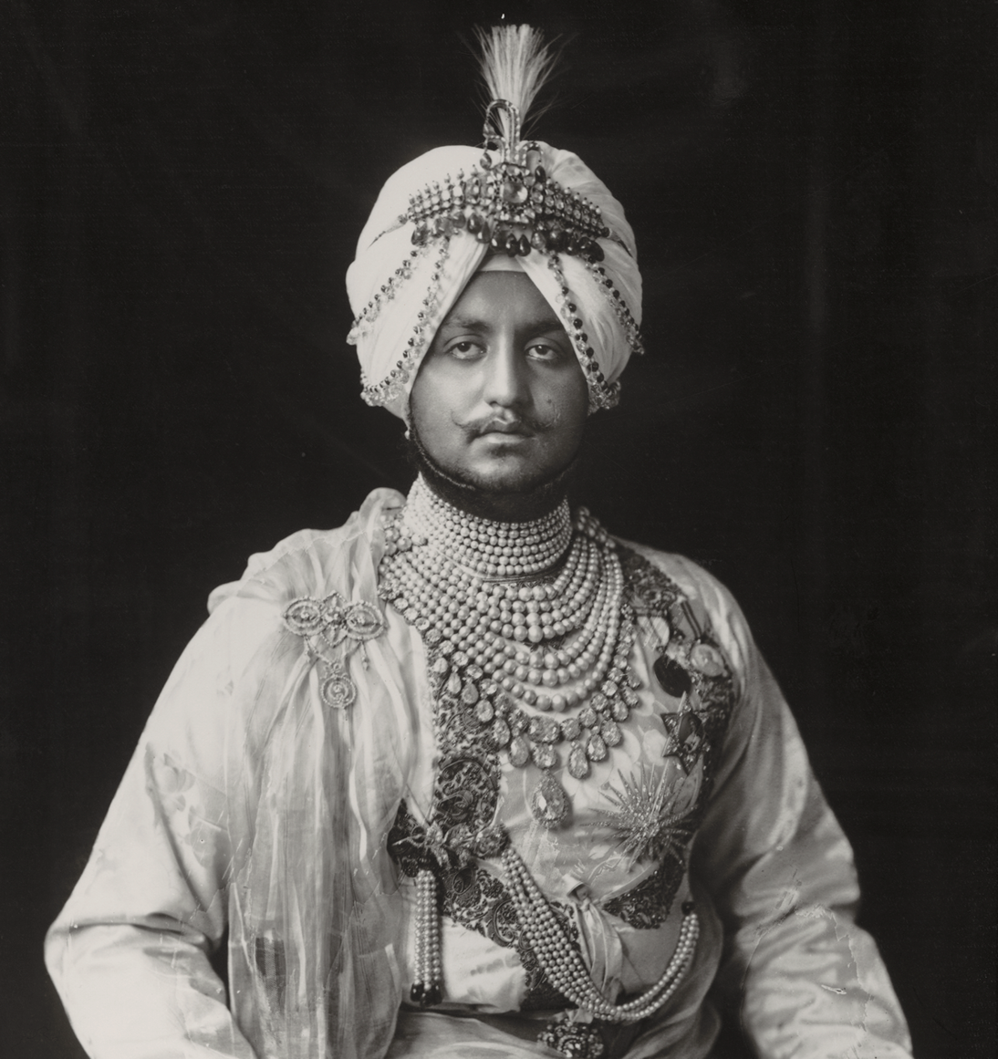 Vandyk, Sir Bhupinder Singh, Maharaja of Patiala [wearing the Empress Eugénie diamond necklace], 1911